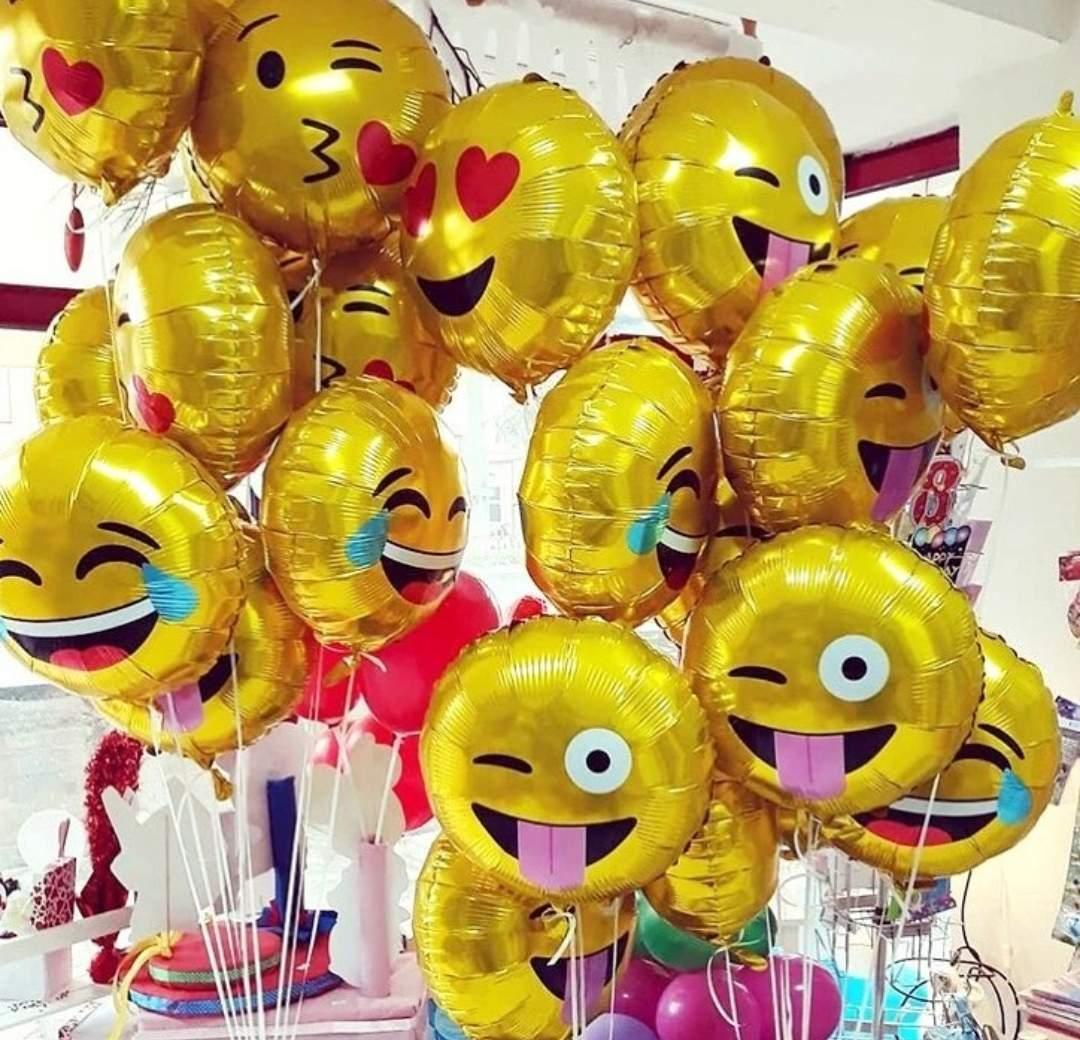 Μπαλόνι emoji φιλί