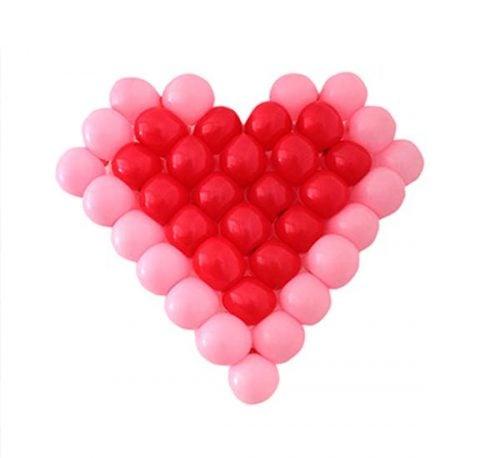 Δίχτυ μπαλονιών σε σχήμα καρδιάς