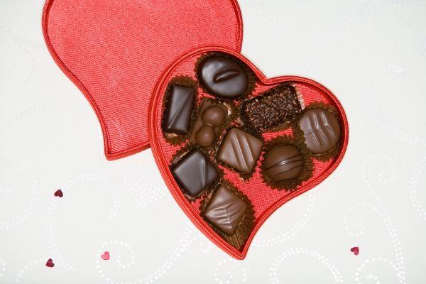 Σοκολάτακια , η αγαπημένη συνήθεια των ερωτευμένων
