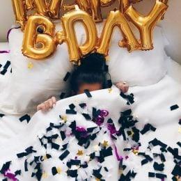 Happy Birthday έκπληξη με μπαλόνια