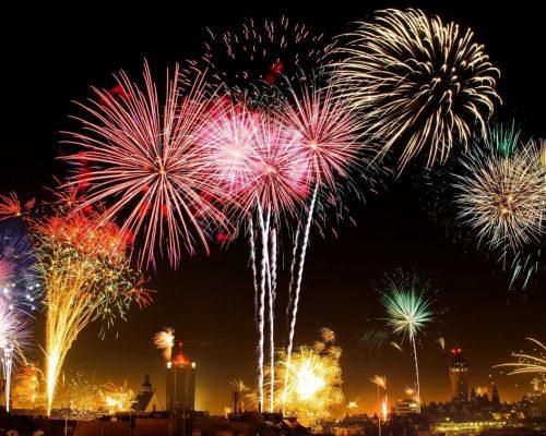 Show Πυροτεχνημάτων Πρωτοχρονιάς