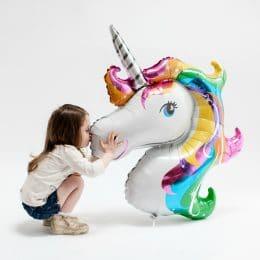 I love my unicorn balloon