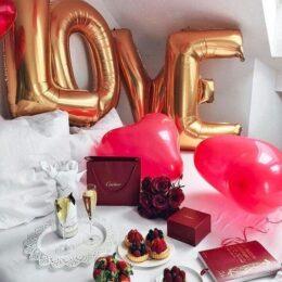 Golden LOVE Decoration
