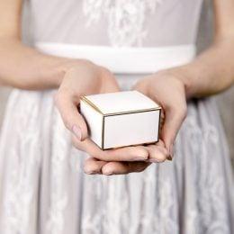 Κουτάκια για μπομπονιέρες Λευκό με Χρυσό (10 τεμ)