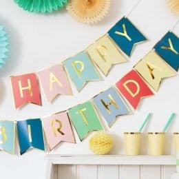 Πολύχρωμο μπάνερ Happy Birthday