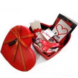 """Ερωτικό Κουτί Έκπληξης με εσώρουχο """"Be Mine"""""""