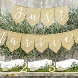 Σημαιάκια γάμου υφασμάτινα Just Married